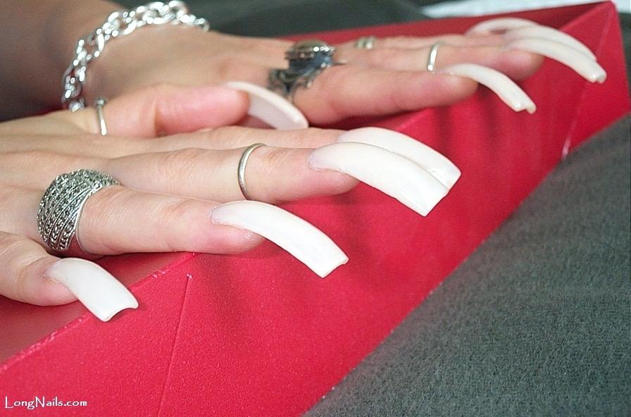 Dating long nails